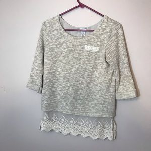 Pullover with pearl and lace detailing